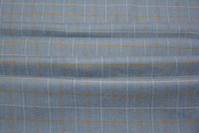 Airy Bluish Grey Checks Tweed Wool Fabric