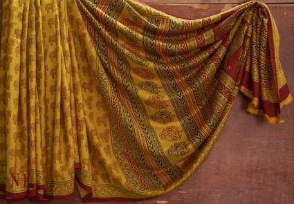 Golden Orange Handloom Women's Mulberry Silk Sarees