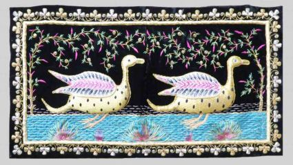 HAND EMBROIDERED DUCK INDIAN WALL HANGINGS FROM INDIA